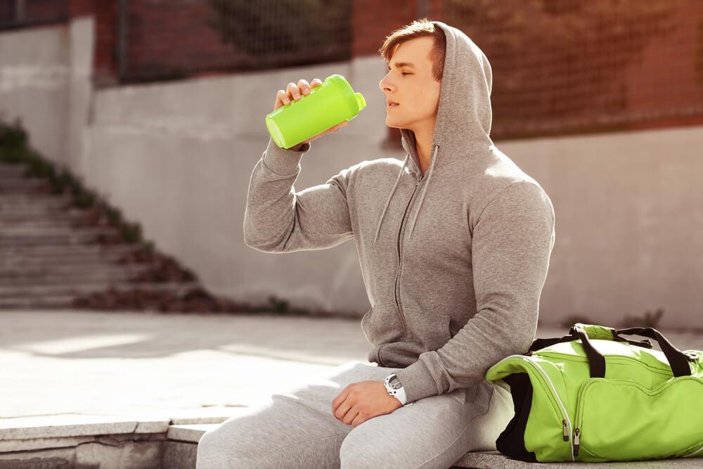 筋力/パワー系アスリートのβアラニン摂取の有効性(カルノシンターゼの酵素制御を通じて筋内のカルノシン濃度を高める)