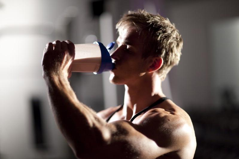タンパク質摂取