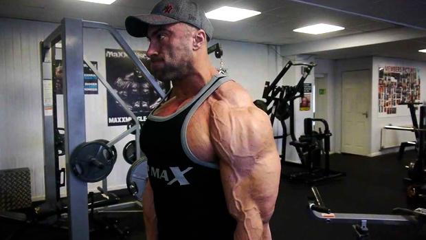 肩の不安定性に対するウェイトトレーニング