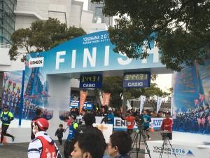 横浜マラソン2016フィニッシュ感動です